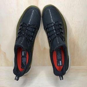 Nike Shoes - NEW Nike Renew Rival Shield